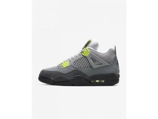 Nike Air Jordan 4 Retro SE